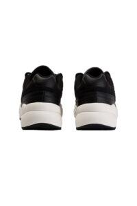 Γυναικεία Παπούτσια ELLESSE 6-13648 BLK/BLK Μαύρα